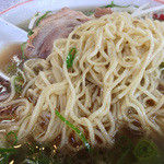 らーめん藤 - 麺はちょっと茹で過ぎ