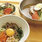 ソウルオモニ - 【ランチ】半冷麺&半ビビンパ