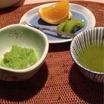 作並温泉 湯の原ホテル - 甘味(ずんだもち、フルーツ)