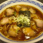 日光軒 - 酔った勢いで戴いたチャーシュー麺(サンライズタウン店)。
