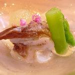 Kokutorasakurai - とり貝と冬瓜の水晶煮