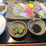 お食事処 燦 - 刺身定食 ¥1350