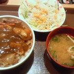 18405844 - カレー南蛮牛丼 サラダ・みそ汁