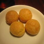 18406119 - 2013・4・15 アミューズ チーズ風味のシュー・グジェール