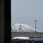 佐乃寿司 - 駐車場から岩手山 2013/04/16