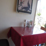 カリーナ - 小さめの2人用テーブル