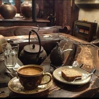 物豆奇 - ブレンドコーヒー(400円)と紅茶パウンドケーキ(250円)