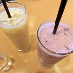 フルーツカフェ ポンポン - <4月>ブルーベリージュース、ミックスジュース