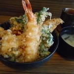 18417627 - 天丼とお味噌汁