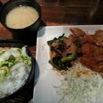 18417726 - 日替り定食(チキンカツ&豚ネギ)