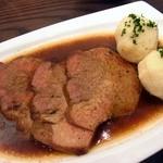 18419777 - バイエルン料理、シュバイネブラーテン
