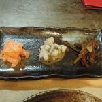 タコアン - 珍味三種盛り