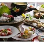 露瑚 - 露瑚会席(5月から川床料理になります。)