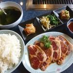 房州園 - 料理写真:豚カルビセット(2013/04/17撮影)