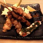 庵ぐら -  串焼き5種盛り合わせ 豚串もあり