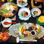 ゆじゅく 金田屋 - 料理写真:夕食(はじめに並んでいた料理)