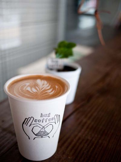 ハグ コーヒー 紺屋町店 - ハグ コーヒー アネックス インドチャイ