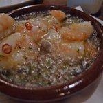 バル・イスパニヤ - 小エビのガーリックオイル煮