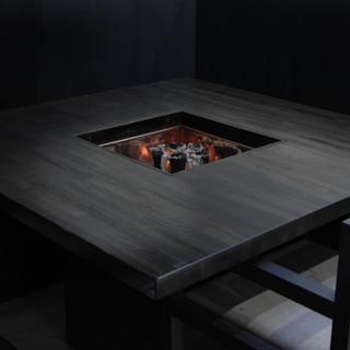 【非日常】全テーブル備付け「本格囲炉裏」半個室
