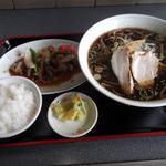 さっぽろっこラーメン - 料理写真:北の国醤油ラーメンセット 860円 さっぽろっこラーメン東口店 東室蘭
