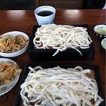 利根うどん - 料理写真:もりうどん(400円)と天ぷら(80円)x2