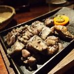 じとっこ - 地頭鶏(じとっこ)炭火焼き