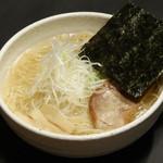みのや - トリガラあっさりダシの細麺