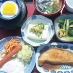 志乃家 - 日替わり定食(コーヒー付) 780円