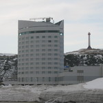 ANAクラウンプラザホテル稚内 - 港側から見た建物です。