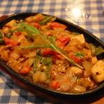 アンカラ - 2013.3 クレムソスルバルック(1,837円)カジキマグロのクリームソース煮