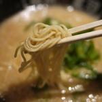 河童ラーメン本舗 - 麺は細めです☆