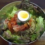 日賀志 - ピビン麺