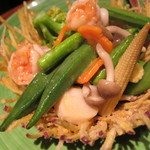 18451058 - エビとホタテとたくさん野菜の塩炒め