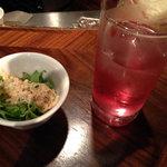 18452191 - お通しの野菜&サーモンムースと梅酒のソーダ割り