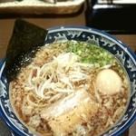 18452737 - 醤油麺