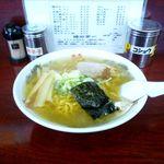 味の中一 - 塩ラーメン(620円)