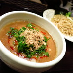 来い家 - 超濃厚つけ麺750円                             もはや神奈川最濃度のインパクトつけめん!