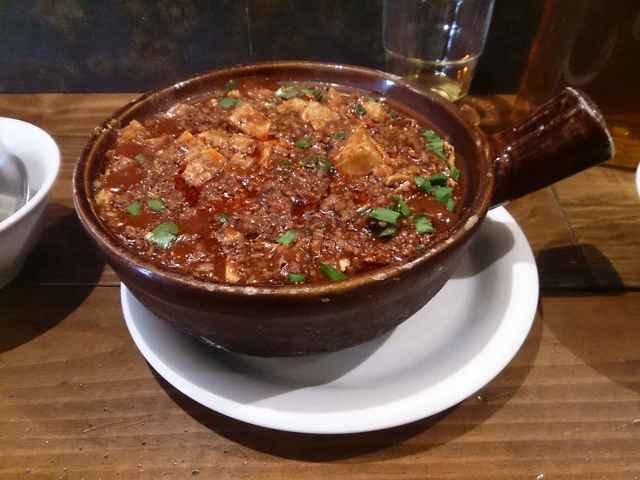 中国料理 五指山 - 土鍋ごはんにはメインの土鍋ごはんの他