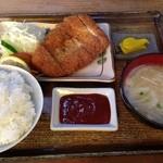 18456508 - 上ロースかつ定食(750円)