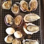 海鮮料理 日南水産 - 牡蠣、蛤に沖あさり!おっきー!