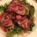 18462914 - 和牛肉のタタキと春野菜のサラダ