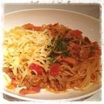 ジョリーパスタ - 牛肉とチーズのミートソース