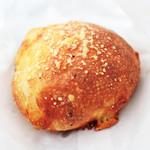 アテスウェイ - チーズ系のパン。'13 4月中旬