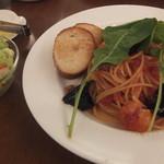 UCCカフェプラザ - 海老と茄子のトマトスパゲッティ