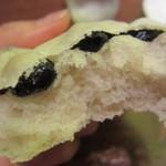 パン小屋Hutte - 豆乳黒豆