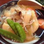 ぽんきち - 料理写真:肉じゃが 450円也