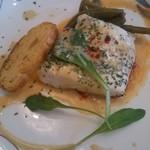 Hide's Kitchen - 料理写真:鯛のポワレ