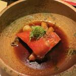 和食ダイニング まぐろ問屋 三浦三崎港 - 金目鯛と香り竹の子の煮付け