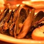 カサ ディ フルッタ - ムール貝の白ワイン蒸し