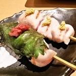 Sakatorina - レアーな焼鳥(笹身・もも)